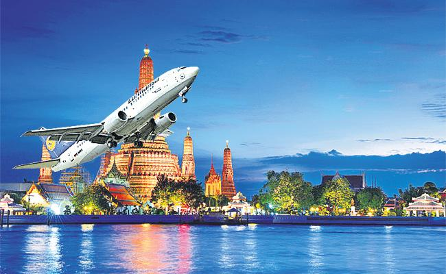 City People Fly to Foreign For New Year Events - Sakshi