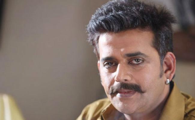 Ravi Kishan Files Complaint Against Real Estate Firm - Sakshi