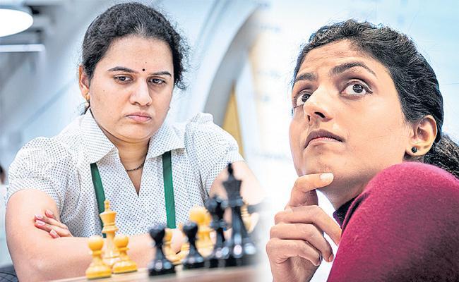 Anand, Harika India medal hopes at World Rapid Championship - Sakshi