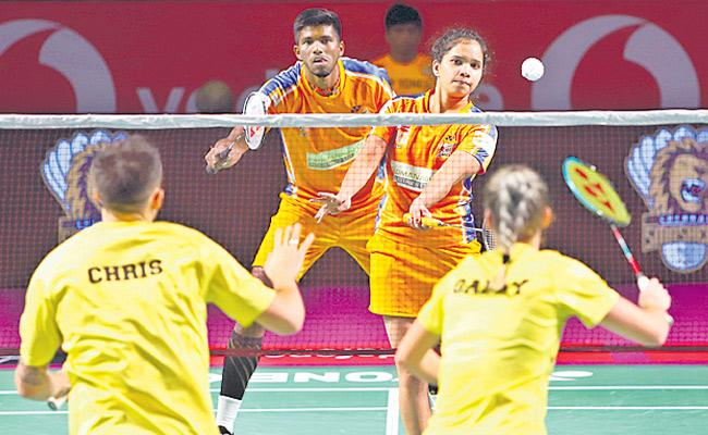 Chennai Smashers thrash Ahmedabad Smash Masters - Sakshi