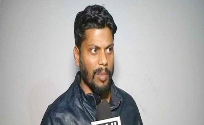 UP Businessman Alleged He Was Forced To Sign Property Papers In Jail - Sakshi