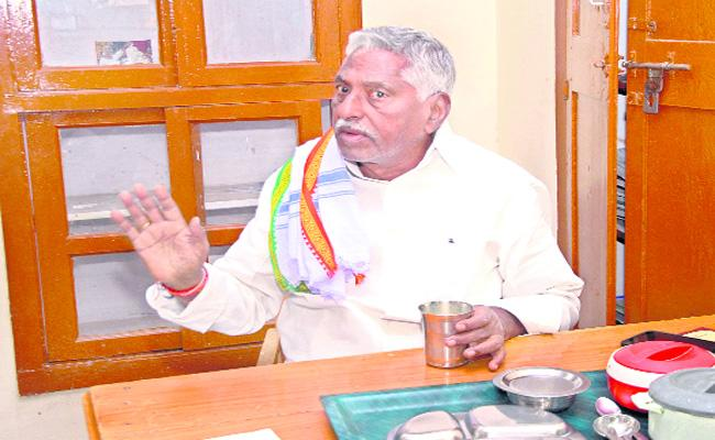 Grand Alliance Will Be Win In State Said Jeevan Reddy - Sakshi