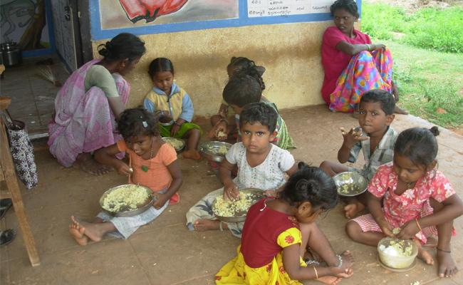 Midday meals Scheme Delayed In PSR Nellore - Sakshi