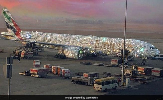 Emirates Said The Truth Behind The Diamond Studded Plane Photo Going Viral - Sakshi