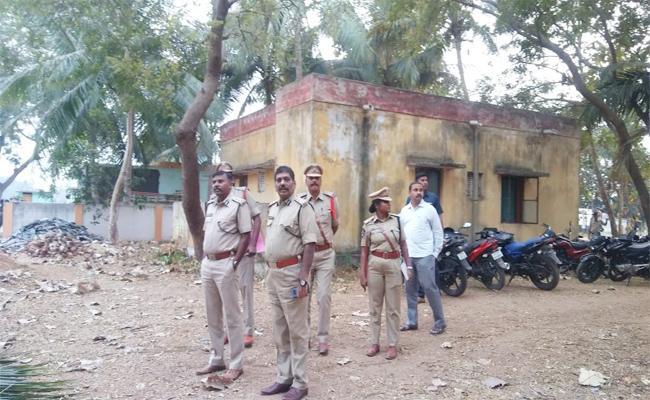 Police Coombing in AOB Vizianagaram - Sakshi