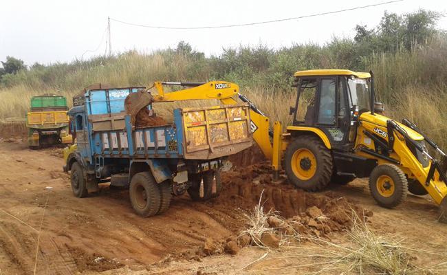 Illegal Excavation of Gravel  In Vizianagaram - Sakshi