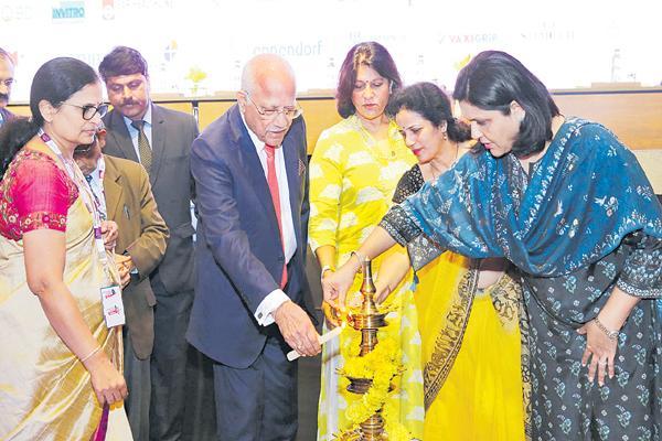 Mortality rate should be reduced says Prathap C Reddy - Sakshi
