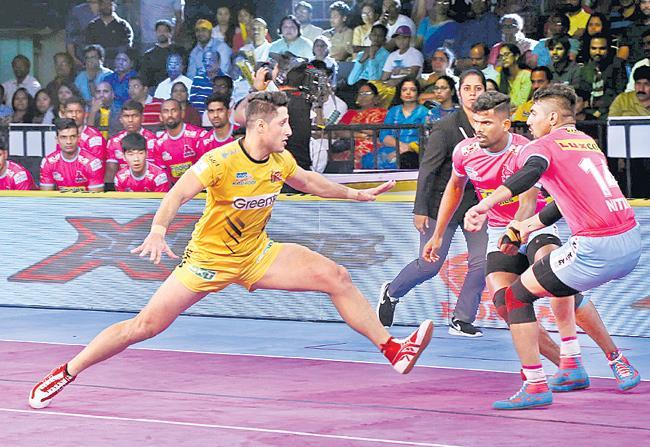 Telugu Titans beat Jaipur Pink Panthers 36-26 - Sakshi