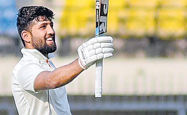 Ajay Rohera breaks world record for highest first-class debut score - Sakshi