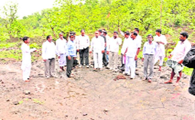 Neglect Of Allocation Funds To The Forest Department - Sakshi