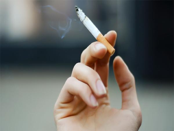 Childrens movement on smoking - Sakshi