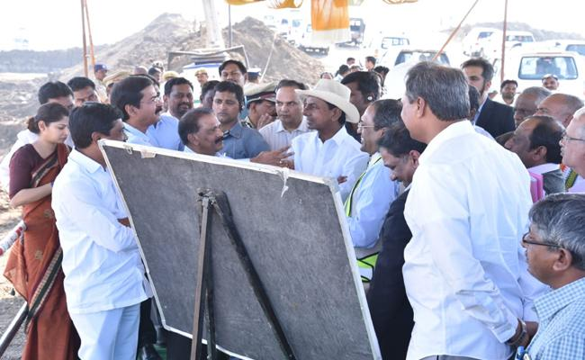 KCR Inspects Kaleshwaram Project Works - Sakshi