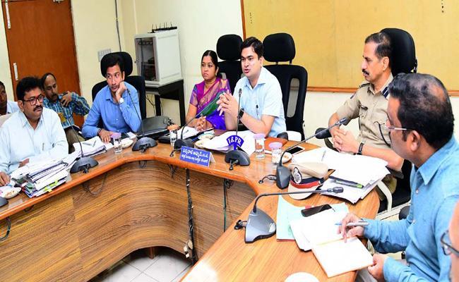 Telangana Panchayat Elections Polling Arrangement Karimnagar - Sakshi