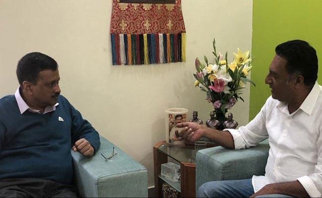 Arvind Kejriwal Tweets Need People Like Prakash Raj In Parliament - Sakshi