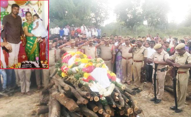 Constable Died in Bike Accident Chittoor - Sakshi