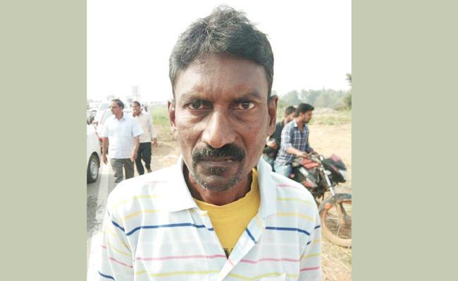 Cancer Patient in Praja Sankalpa Yatra - Sakshi