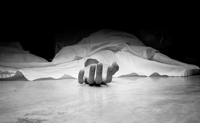 Wife Suicide Due To Fight With Husband Over Sankranti Dresses - Sakshi