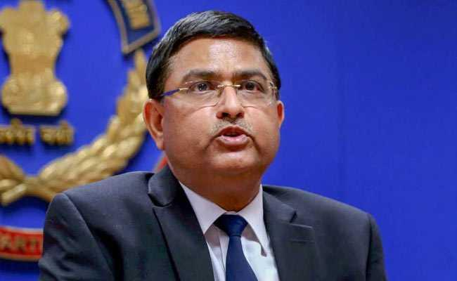 Court Says Rakesh Asthana To Be Probed For Bribe - Sakshi