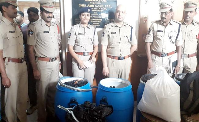 Bulk Drugs Smuggling From Vardent Pharma Visakhapatnam - Sakshi