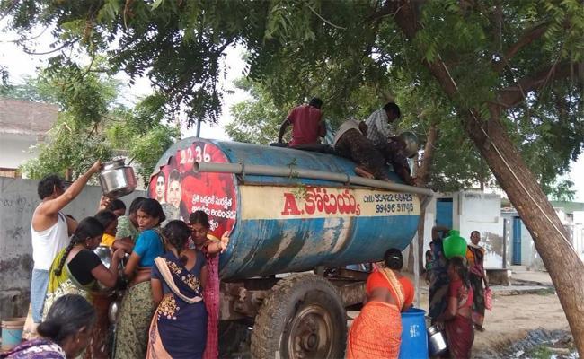 Ground Water Levels Down Fall in Prakasam - Sakshi