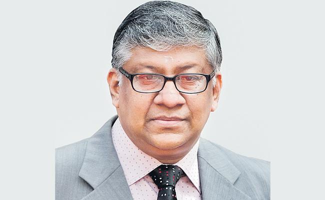 Telangana Highcourt Chief Justice Radhakrishnan Has Been Transfered - Sakshi