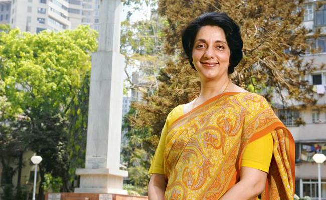 Meera Sanyal,Top BankerTurned AAP Leader Dies After Battling Cancer - Sakshi
