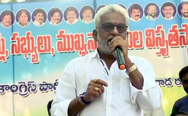 YV Subba Reddy Criticize Chandrababu Naidu Over Increases Pension - Sakshi