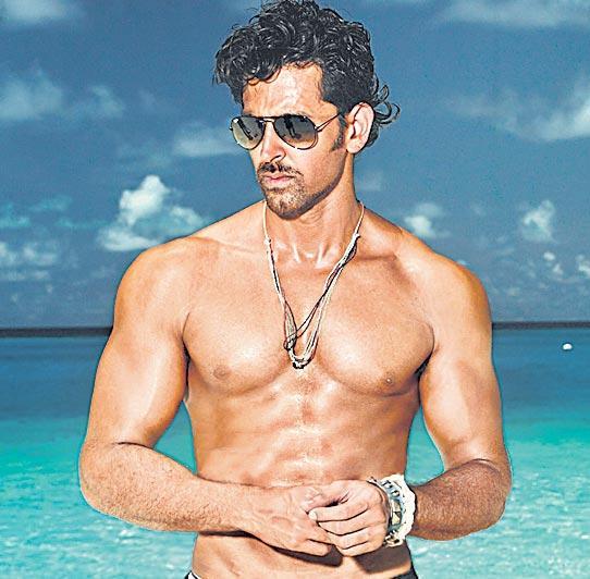 Hrithik Roshan's Super 30 finds a new release date - Sakshi