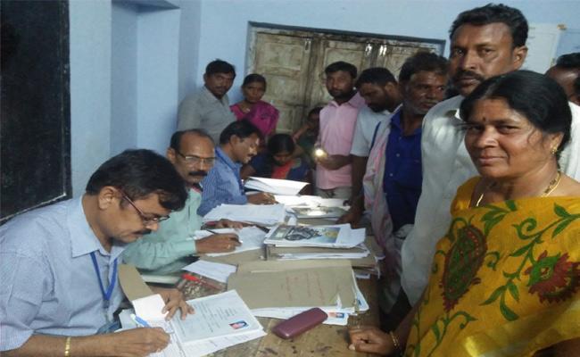 Panchayat Elections Notifications Ends Nalgonda - Sakshi