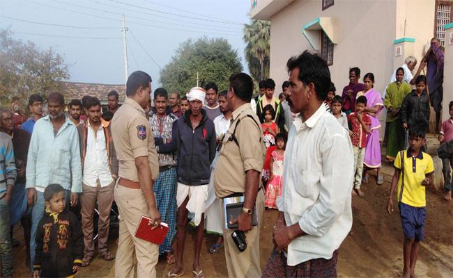 Sarpanch Candidate Husband Suicide Attempt In Adilabad - Sakshi