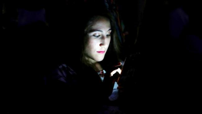 Studies Continue To Claim That Social Media Addiction Is Serious - Sakshi