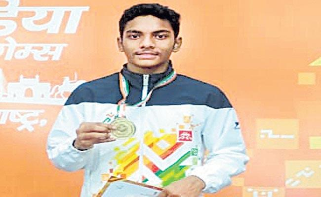 Telangana boy is Gandham Pranav Rao won the gold medal - Sakshi