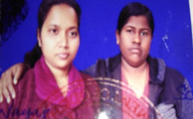 Two Girls Married In Kendrapara Orissa - Sakshi