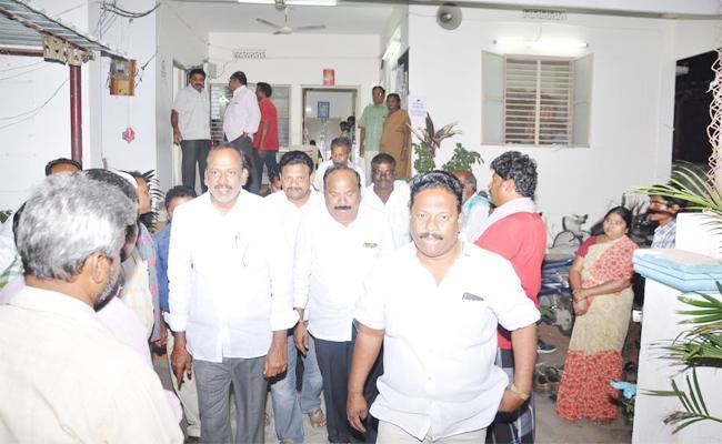 YSR Congress party leaders Complaint on TDP Voters Survey - Sakshi