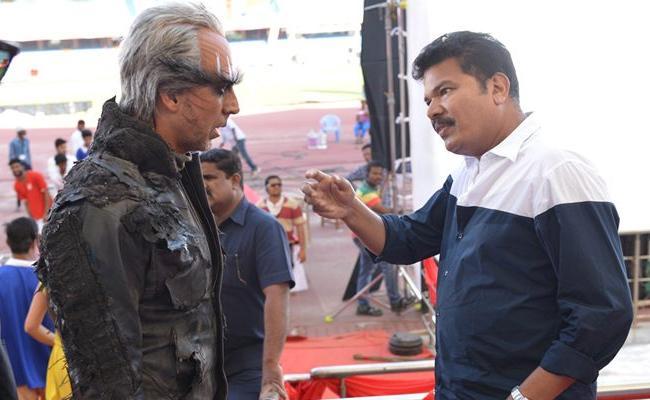 Akshay Kumar to Play the Villain Opposite Kamal Haasan In Indian 2 - Sakshi