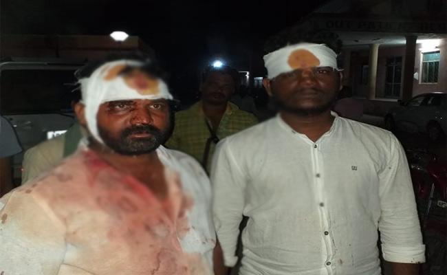 Both Sides Attacks Case In Mahabubnagar - Sakshi