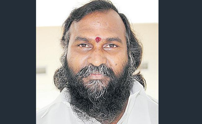 I need to be with KCR: Jaggareddy - Sakshi