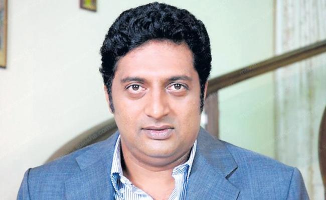 Prakash Raj to Contest from Bengaluru Central - Sakshi