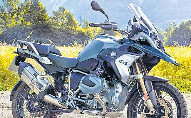 BMW Motorrad unveils R 1250 GS & R 1250 GS Adventure, priced between Rs 16.85 - Rs 21.95 lakh  - Sakshi