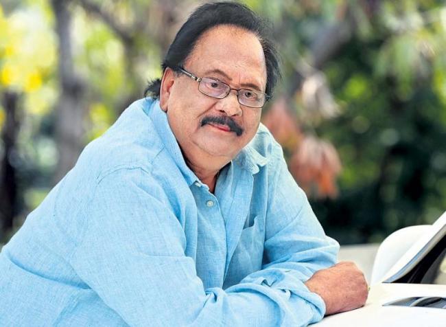 Krishnam Raju Reveals Shocking News about Prabhas Marriage - Sakshi
