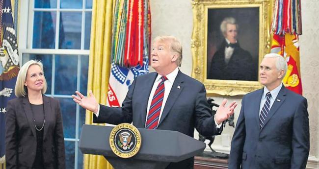 Trump proposes wall-for-DACA in bid to end US gov't shutdown - Sakshi