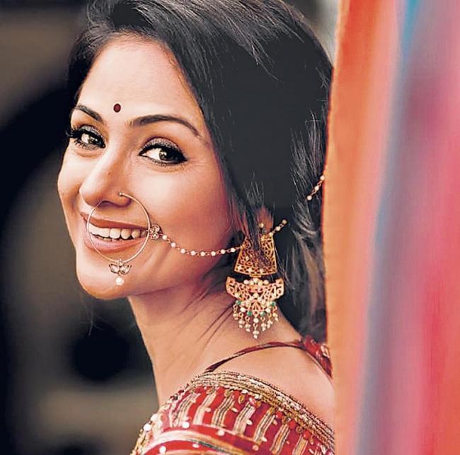 Simran on board Madhavan's Nambi Narayanan biopic - Sakshi