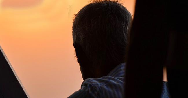 Guntur Man Want Permission For His Death - Sakshi
