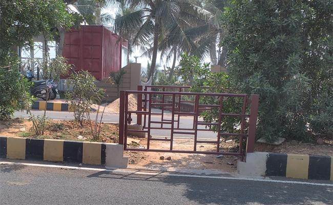 Illegal Constructions in Visakhapatnam Beach Road - Sakshi