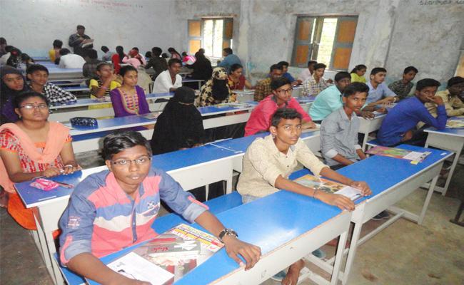 Private School Internal Marks Audits in YSR kadapa - Sakshi
