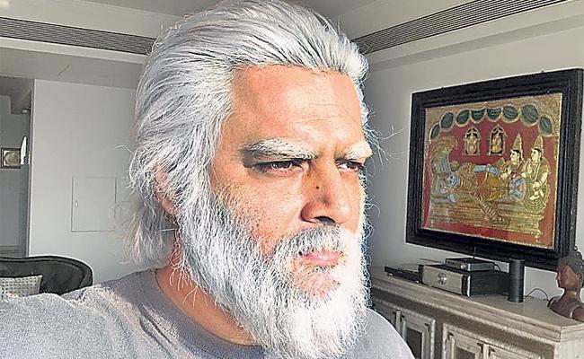 R Madhavan is Nambi Narayanan doppelganger in Rocketry on-set photos - Sakshi