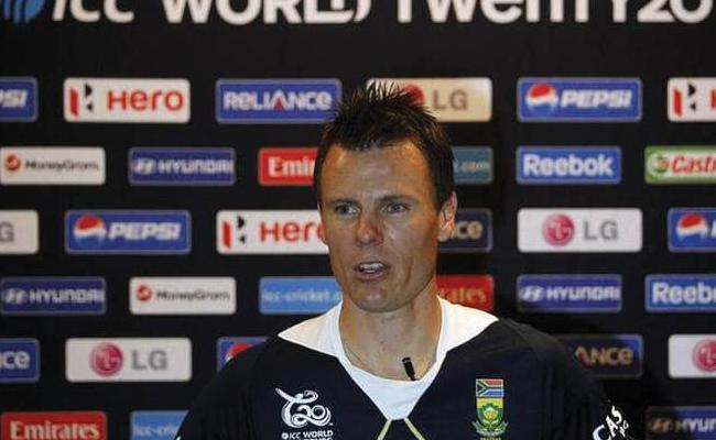 Johan Botha retires from all forms of cricket - Sakshi