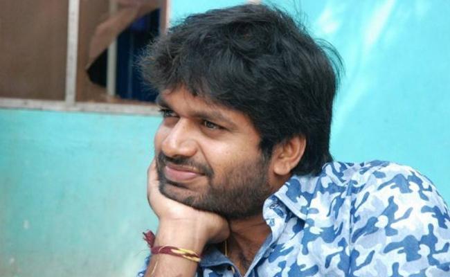 Anil Ravipudi May Deals Lady Oriented Subject - Sakshi