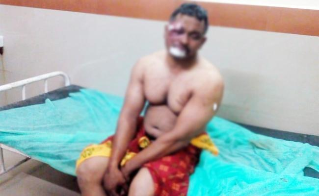 TDP Leaders Attack on Army Employee in Visakhapatnam - Sakshi