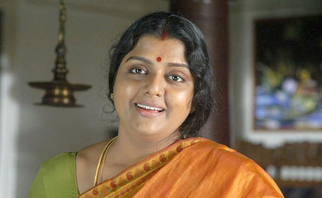 Case Filed Against Actress Bhanupriya In Samarlakota - Sakshi